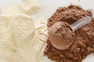 Pulver für Whey Skake in Schokolade und Vanille